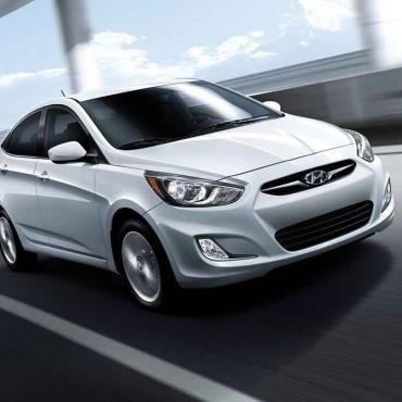 Car Rental in Jordan: Rent a Hyundai Accent 2016